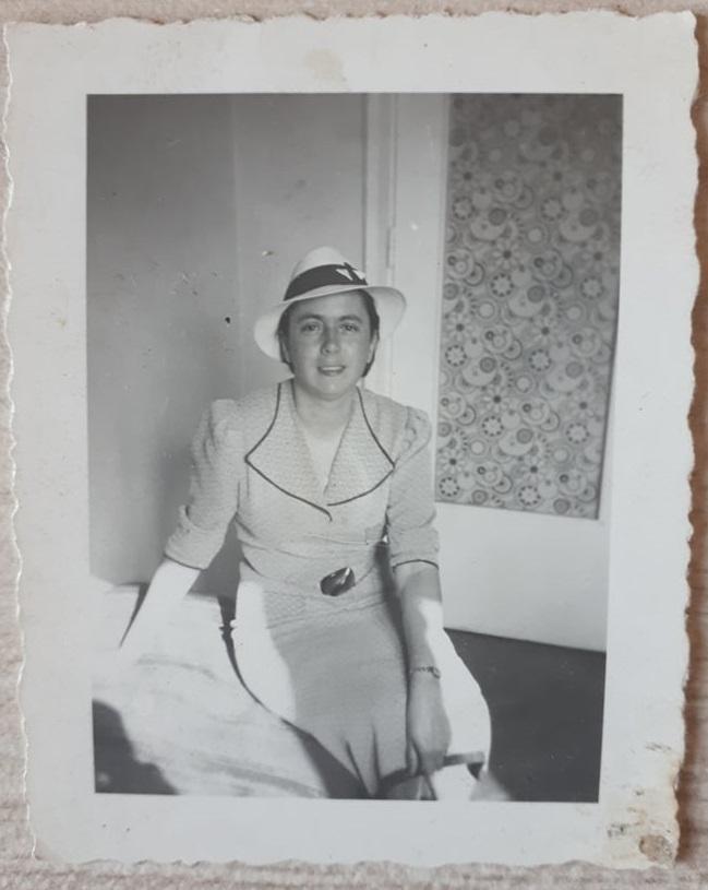 Дора Ланкова, ок.30-те години на 20.век
